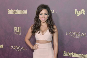 Jessica Parker Kennedy Entertainment Weekly And L'Oreal Paris Hosts The 2018 Pre-Emmy Party - Arrivals