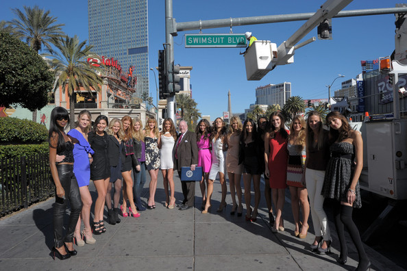 """""""Swimsuit Blvd"""" Dedicated in Las Vegas With SI Swimsuit Models [sports illustrated,people,crowd,fun,tourism,fashion,pedestrian,event,vacation,summer,architecture,si swimsuit models,swimsuit models,alyssa miller,julie henderson,jessica white,l-r,dedication,las vegas,swimsuit blvd]"""