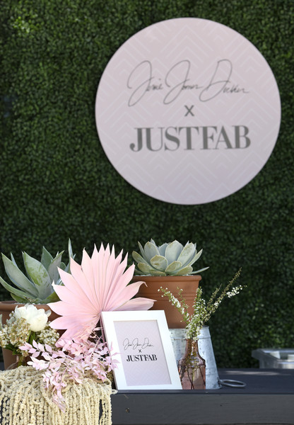 Boots & Brunch By Jessie James Decker And JustFab