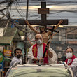 Jesus Christ News Pictures of The Week - April 16