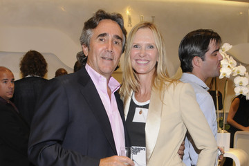 Jim Duffy Stuart Weitzman Hosts Fashion's Night Out with Special Guest Appearance by Petra Nemcova