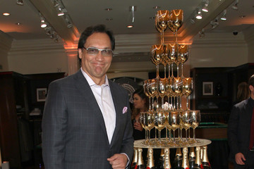 Jimmy Smits Brooks Brothers Hosts 'Le Casino' Night to Benefit UCLA Jonsson Cancer Center