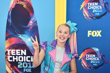 JoJo Siwa FOX's Teen Choice Awards 2018 - Arrivals