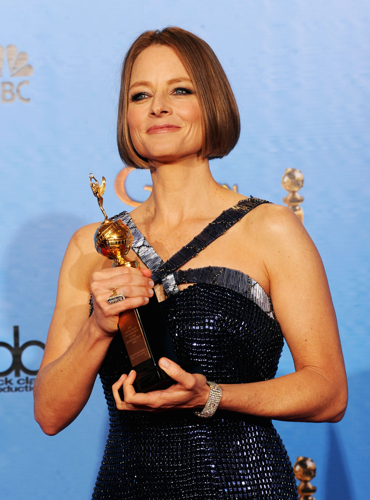 http://www2.pictures.zimbio.com/gi/Jodie+Foster+70th+Annual+Golden+Globe+Awards+wKjwhCzfhFPx.jpg