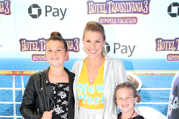 Jodie Sweetin Columbia Pictures And Sony Pictures Animation's World Premiere Of 'Hotel Transylvania 3: Summer Vacation' - Arrivals