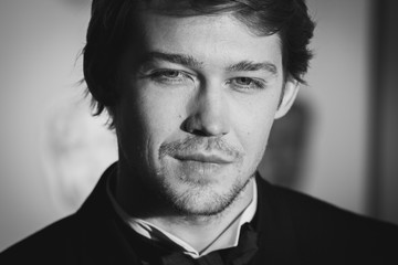 Joe Alwyn EE British Academy Film Awards - Alternative View