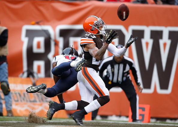 http://www2.pictures.zimbio.com/gi/Joe+Haden+Houston+Texans+v+Cleveland+Browns+3AdrZQipwN5l.jpg