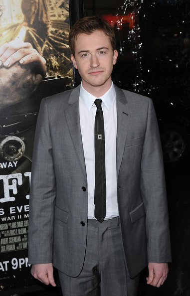 """Premiere Of HBO's """"The Pacific"""" - Arrivals [the pacific,suit,formal wear,premiere,tuxedo,blazer,white-collar worker,outerwear,event,tie,facial hair,arrivals,joe mazzello,grauman,california.\u00ea,hollywood,chinese theatre,hbo,premiere,premiere]"""