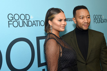 John Legend Chrissy Teigen 2018 GOOD+ Foundation 'An Evening of Comedy + Music' Benefit Presented By Samsung Electronics America - Arrivals & Cocktail Reception