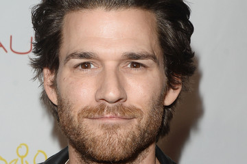 johnny whitworth cicatrice