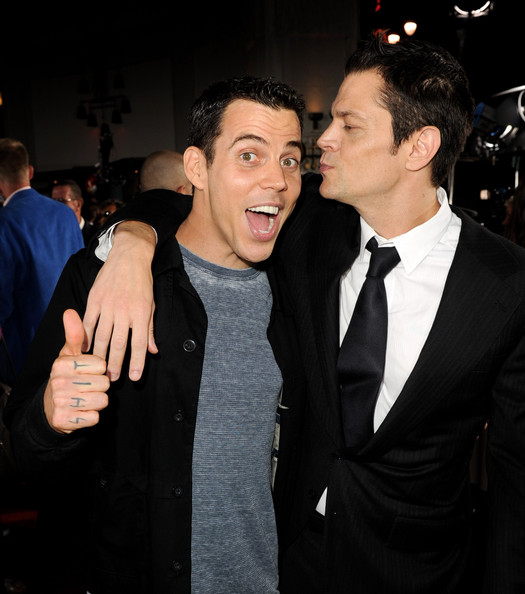 Actors Steve O L and Johnny Knoxville arrive at the premiere of Paramount