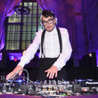 Johnny Dynell Elton John AIDS Foundation's 17th Annual An Enduring Vision Benefit - Inside