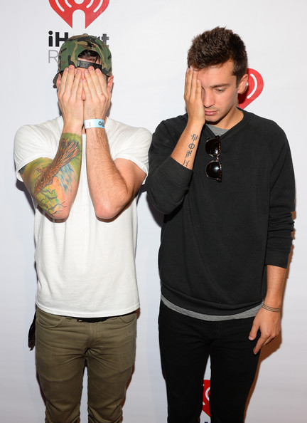 josh and tyler dating games