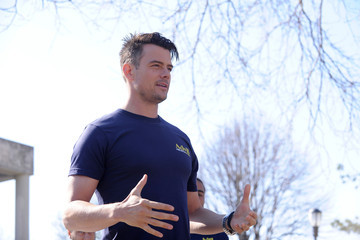 "Josh Duhamel Advil Relief In Action And Josh Duhamel Celebrate National Volunteer Week With Points Of Light & Kick Off A Nationwide ""Relief"" Tour"