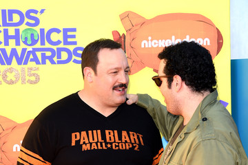 Josh Gad Nickelodeon's 28th Annual Kids' Choice Awards - Arrivals