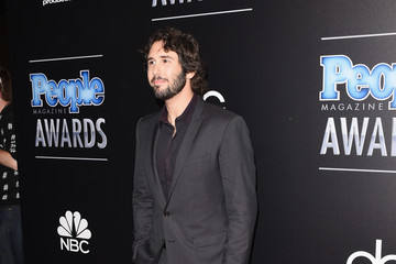 Josh Groban Arrivals at the PEOPLE Magazine Awards