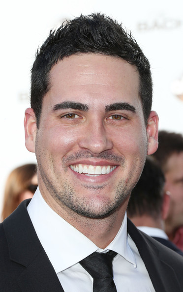 josh murray dating Josh's younger brother aaron murray was a standout quarterback for the georgia bulldogs, and currently backs up alex smith for the kansas city chiefs.