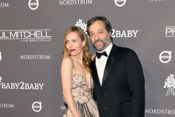 Judd Apatow Leslie Mann The 2018 Baby2Baby Gala Presented By Paul Mitchell Event - Arrivals