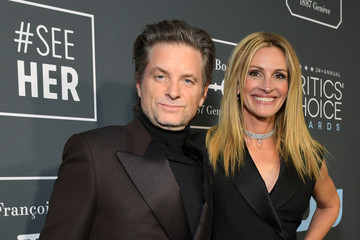 Julia Roberts The 24th Annual Critics' Choice Awards - Red Carpet