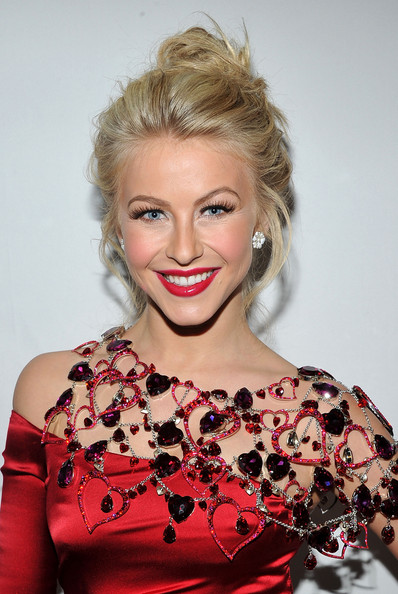 Julianne Hough - The Heart Truth's Red Dress Collection 2011 - Backstage - MBFW