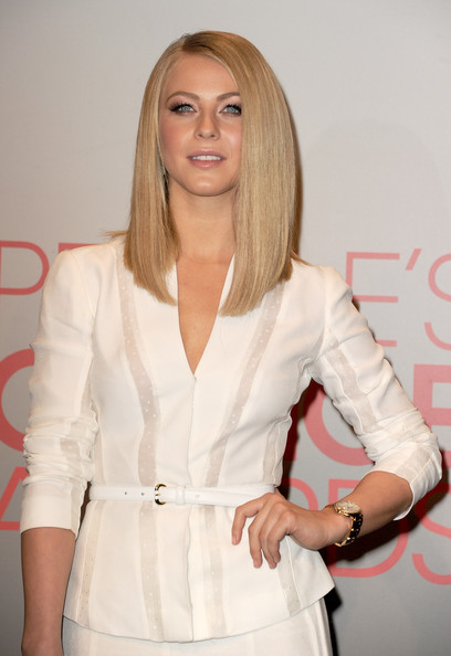Julianne Hough Shoulder Length Hair Straight People s Choice Awards 2012