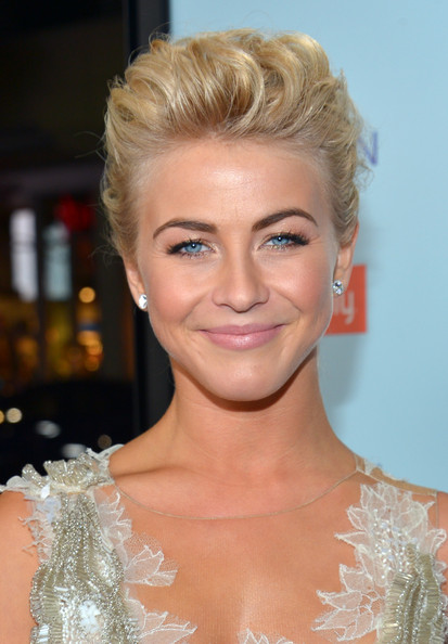 Images Of Actress From Safe Haven Julianne Hough Pictures