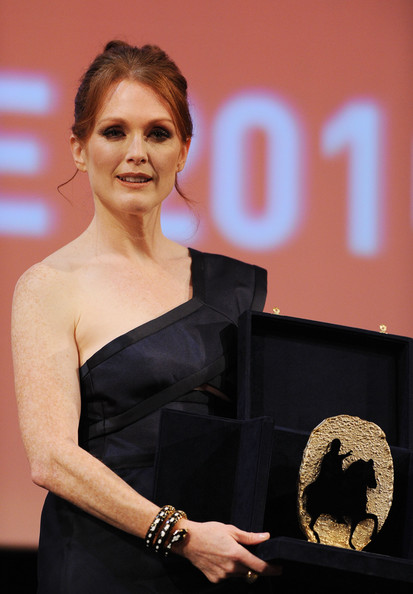 Actress Julianne Moore receives the Marc'aurelio Acting Award during the 5th International Rome Film Festival at Auditorium Parco Della Musica on November 2, 2010 in Rome, Italy.