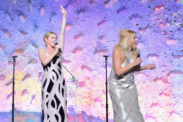 Julie Bowen 2018 Baby2Baby Gala Presented By Paul Mitchell - Inside