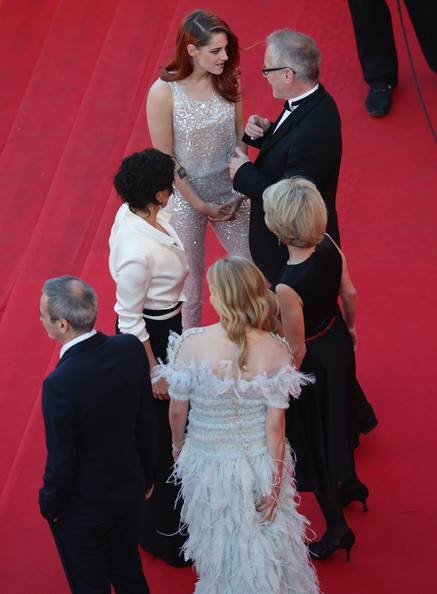 'Clouds of Sils Maria' Premieres at Cannes [clouds of sils maria,red carpet,carpet,gown,dress,facial expression,red,flooring,event,wedding dress,fashion,premiere,olivier assayas,actresses,chloe grace moretz,juliette binoche,kristen stewart,thierry fremaux,l-r,the 67th annual cannes film festival]