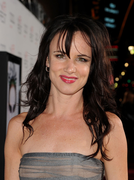 "Juliette Lewis Actress Juliette Lewis arrives at the ""Black Swan"" closing night gala during AFI FEST 2010 presented by Audi held at Grauman's Chinese Theatre on November 11, 2010 in Hollywood, California."