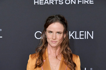 Juliette Lewis ELLE's 25th Annual Women In Hollywood Celebration Presented By L'Oreal Paris, Hearts On Fire And CALVIN KLEIN - Red Carpet