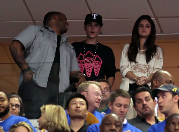 Miami Heat v Dallas Mavericks Justin Bieber & Selena Gomez Justin%20Bieber%20Miami%20Heat%20v%20Dallas%20Mavericks%20TL6rMGra4ipl