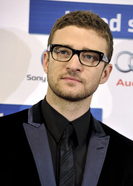 justin timberlake shirtless social. justin timberlake shirtless