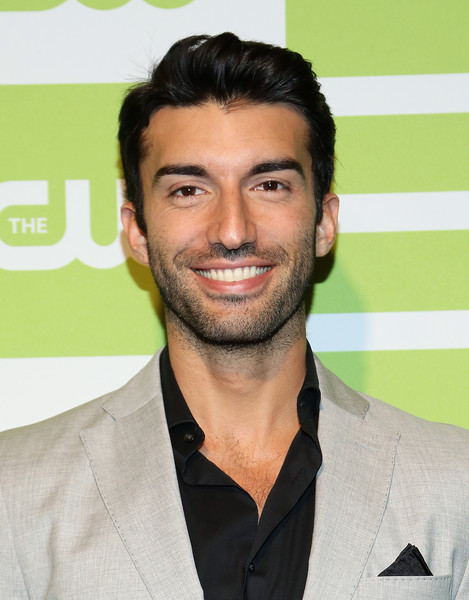Justin Baldoni Photos Photos - The CW Network's New York ...
