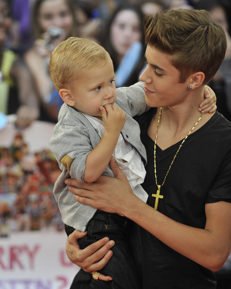 Justin Bieber Jaxon Bieber and Justin Bieber arrive at the 2012 MuchMusic Video Awards at MuchMusic HQ on June 17, 2012 in Toronto, Canada.