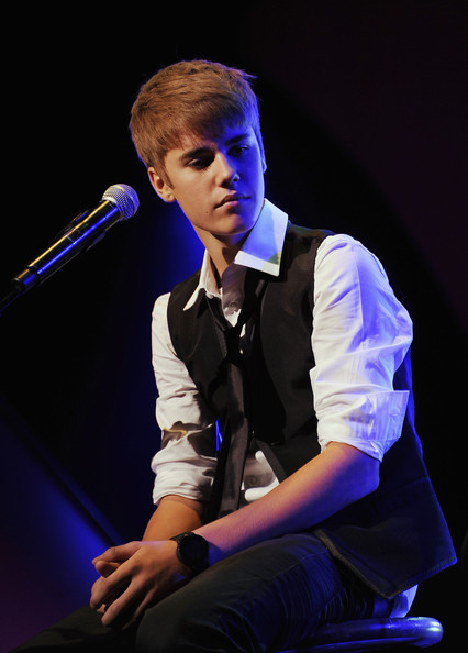 Justin Bieber Singer/Songwriter Justin Bieber performs in honor of his Vocal Coach Honoree Jan Smith inducted into the 33rd Annual Georgia Music Hall Of Fame Awards at the Cobb Energy Performing Arts Center on September 17, 2011 in Atlanta, Georgia.