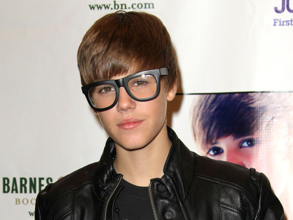 trendy mens glasses 9sie  Justin+Bieber in Justin Bieber Halloween Appearance At Barnes & Noble At  The Grove