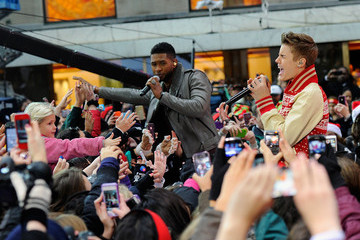 Usher Justin Bieber Justin Bieber Performs on 'Today'