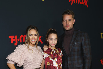 Justin Hartley Premiere Of NBC's 'This Is Us' Season 3 - Arrivals