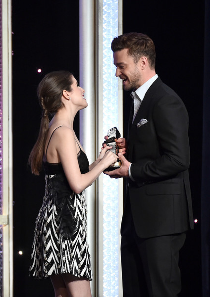 20th Annual Hollywood Film Awards - Show [formal wear,suit,fashion,event,dress,tuxedo,photography,gesture,ceremony,conversation,justin timberlake,anna kendrick,feeling,hollywood song award,the beverly hilton hotel,beverly hills,california,l,hollywood film awards - show,20th annual hollywood film awards]