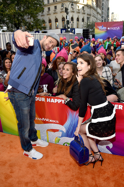 Macy's Celebrates Trolls at Herald Square With Justin Timberlake and Anna Kendrick [selfies,event,youth,fun,crowd,anna kendrick,justin timberlake,crowd,macys celebrates trolls at herald square,macys herald square,new york city,macys celebration of trolls at herald square]
