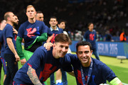 Lionel Messi and Xavi Hernandez Photos - 1 of 135 Photo