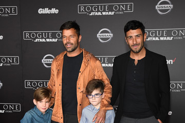 Jwan Yosef Premiere of Walt Disney Pictures and Lucasfilm's 'Rogue One: A Star Wars Story' - Arrivals