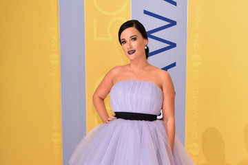 Kacey Musgraves The 50th Annual CMA Awards - Arrivals