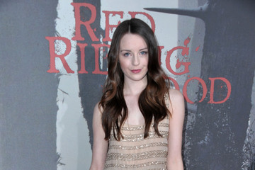 "Kacey Rohl Premiere Of Warner Bros. Pictures' ""Red Riding Hood"" - Red Carpet"