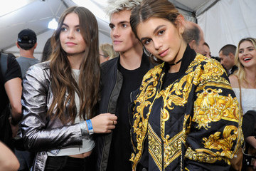 Kaia Gerber Moschino Spring/Summer 17 Menswear And Women's Resort Collection - Backstage