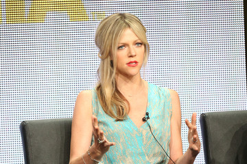 Kaitlin Olson Pictures, Photos & Images - Zimbio