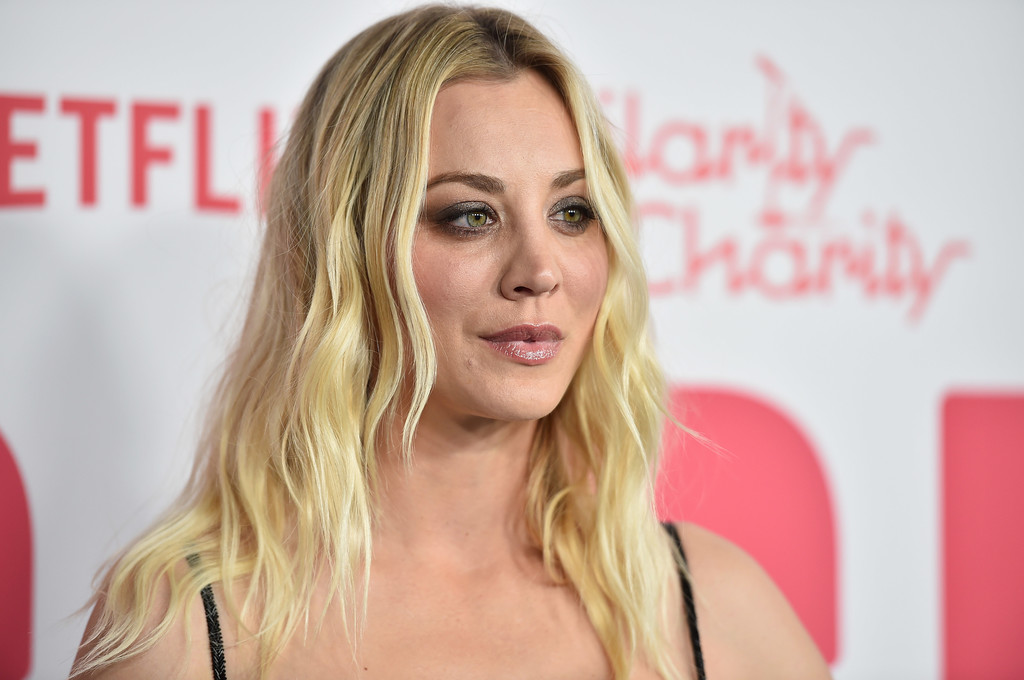 Kaley+Cuoco+6th+Annual+Hilarity+Charity+Arrivals+FTyPJYbuGKwx.jpg