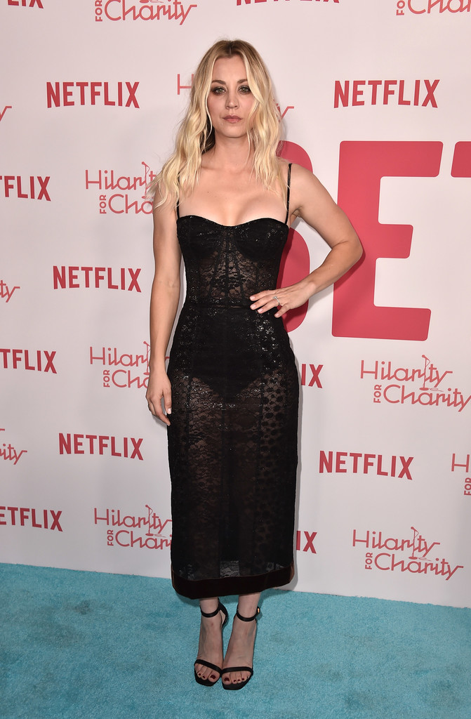 Kaley+Cuoco+6th+Annual+Hilarity+Charity+Arrivals+P7V-9_AlXDSx.jpg