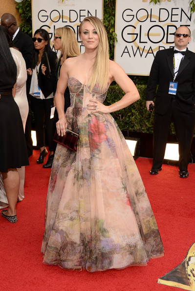Kaley Cuoco - 71st Annual Golden Globe Awards - Arrivals